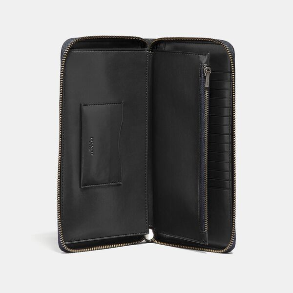 Travel Wallet In Signature Leather, BLACK, hi-res
