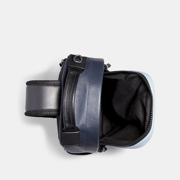 Edge Pack In Colorblock Signature Canvas With Coach Patch, QB/PEBBLE BLUE CHARCOAL, hi-res
