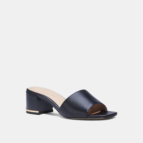 Maggi Sandal