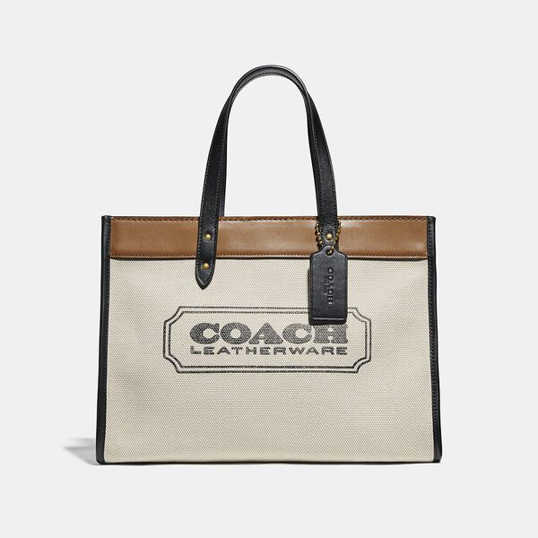 Field Tote 30 With Coach Badge