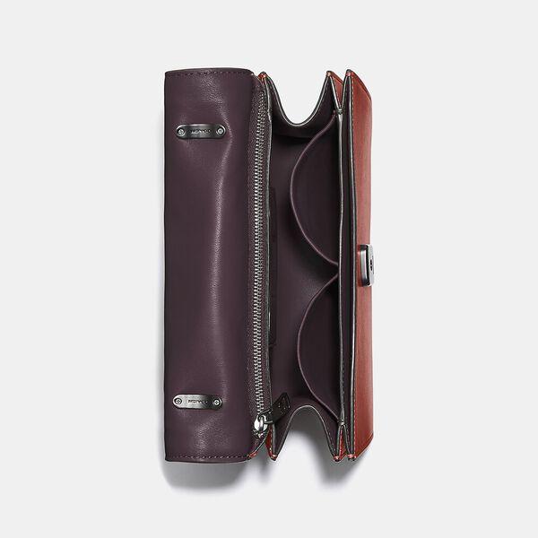 Alie Shoulder Bag With Weaving, V5/RED SAND, hi-res