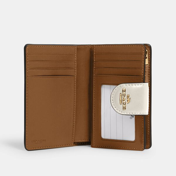 Medium Corner Zip Wallet In Signature Canvas, IM/KHAKI/CHALK, hi-res