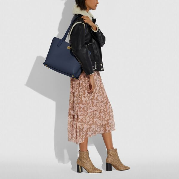 Willow Tote In Colorblock, B4/MIDNIGHT NAVY MULTI, hi-res