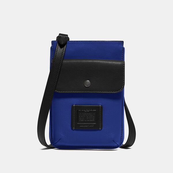 Hybrid Pouch In Colorblock, SPORT BLUE/SILVER, hi-res