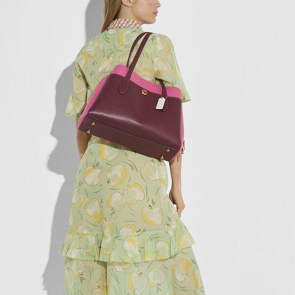 Lora Carryall In Colorblock, B4/WINE MULTI, hi-res