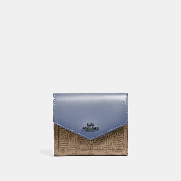 Small Wallet In Colorblock Signature Canvas, V5/Tan Bluebell, hi-res