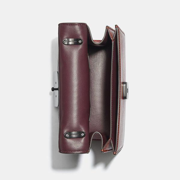 Alie Shoulder Bag 18 With Weaving, V5/RED SAND, hi-res