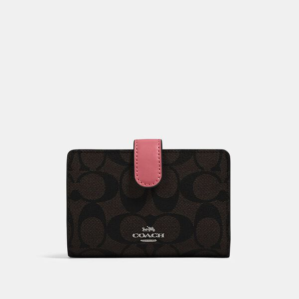 Medium Corner Zip Wallet In Signature Canvas, QB/BROWN PINK LEMONADE, hi-res