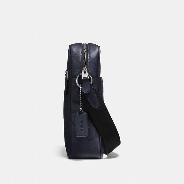 Metropolitan Flight Bag In Signature Leather, QB/BLACK, hi-res
